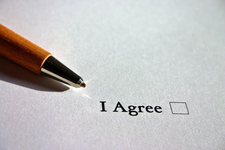 Firmare un contratto di assunzione